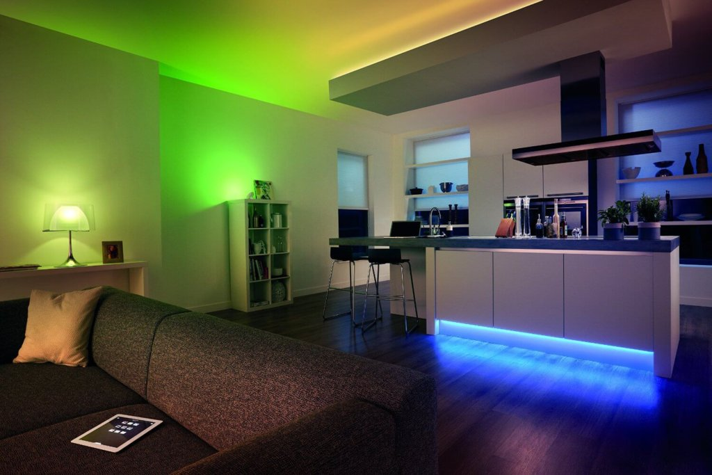 Philips Hue Personal Wireless Lighting 2 M Lightstrip Plus - Lilianduval